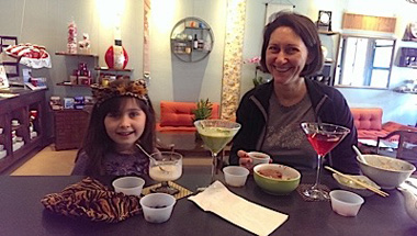 mother-and-daughter-the-taste-of-tea.jpg